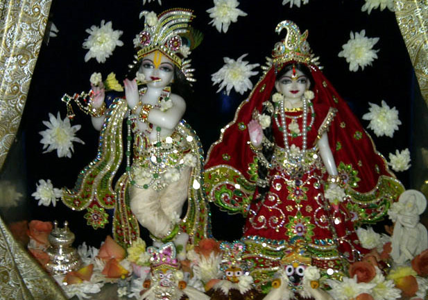 HA09923_Sri-sri-Radha-Govinda-South-Africa